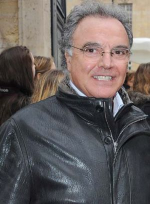 Alain Afflelou ... 700kg of cocaine was found on his plane.