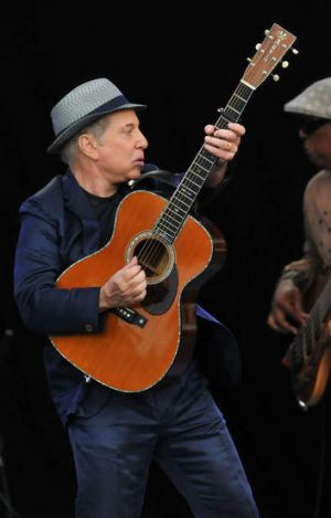 Here's to you: Paul Simon continues to captivate audiences at 71.