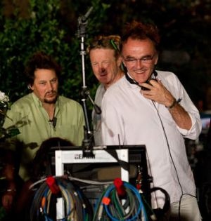 Danny Boyle (pictured on set) says <i>Trance</i> 'is like a difficult, mad, evil cousin.'