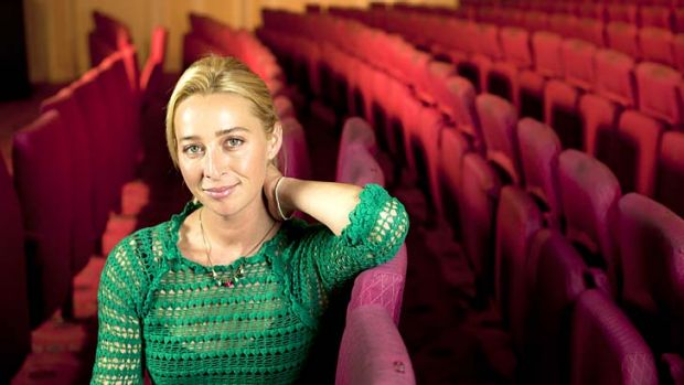Delving into her roots: Asher Keddie.