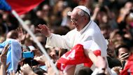 Pope calls for world peace (Video Thumbnail)