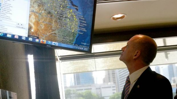 Premier Campbell Newman inspects Queensland Globe.