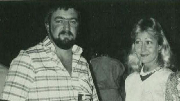 Damian O'Carrigan with his wife Julie at the opening of Leighton's new Brisbane office in 1986.