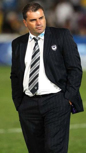 Ange Postecoglou looks dejected after Victory was beaten by the Mariners on Sunday.