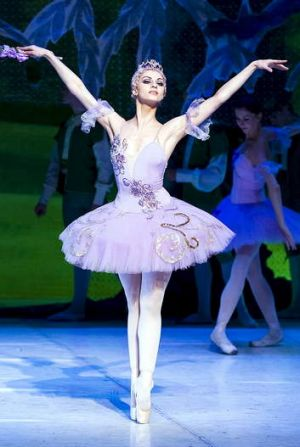Anna Pashkova as <i>Sleeping Beauty's</i> Lilac Fairy in <i>OperaMania</i>.