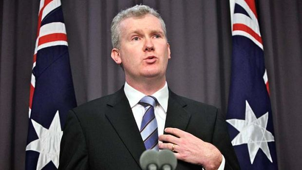 """""""It is absurd to argue that none of that advertising revenue should flow to that organisation"""": Tony Burke."""