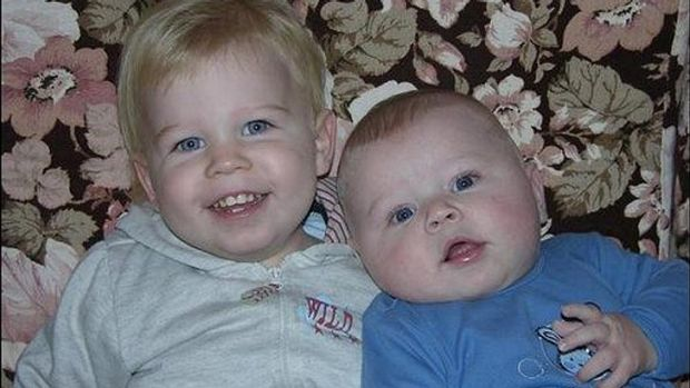 Lochlan and Malachi Stevens drowned in a shower in Perth in 2008.