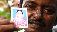 Bangladeshi relatives search for the dead (Video Thumbnail)