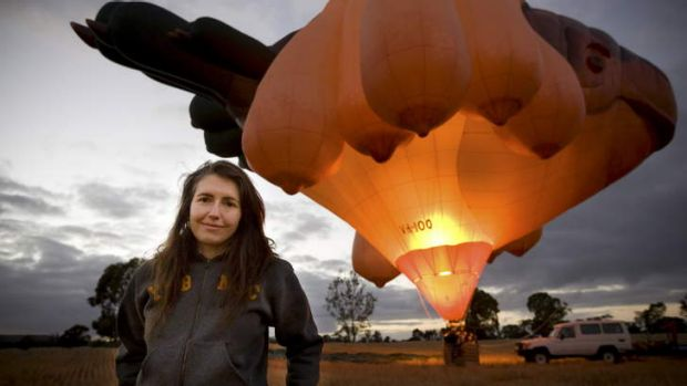 Former Canberran Patricia Piccinini with her creation, the <em>Skywhale</em>.