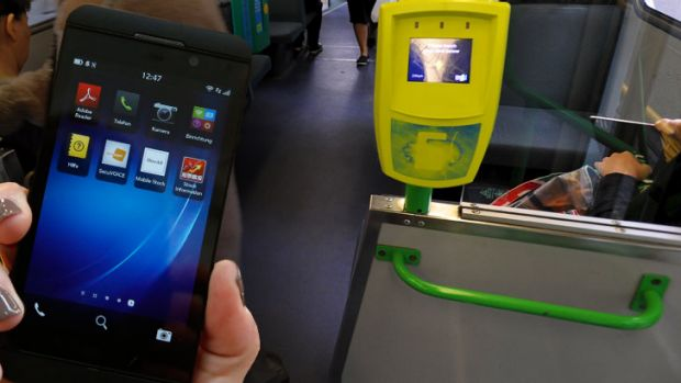 Passengers are using their smartphones to scam free rides.