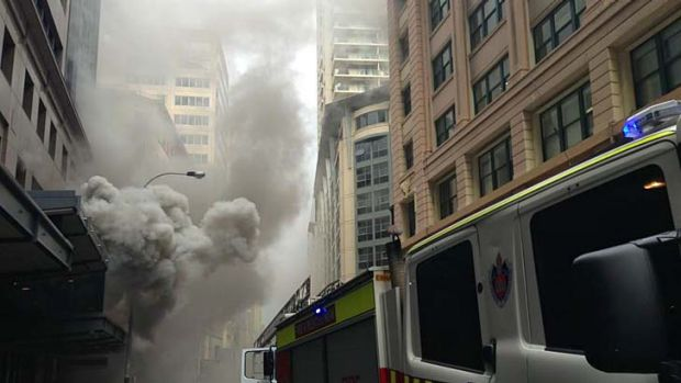 A fire in a pizza oven on the ground floor of an office block forced the evacuation of more than 1200 people.