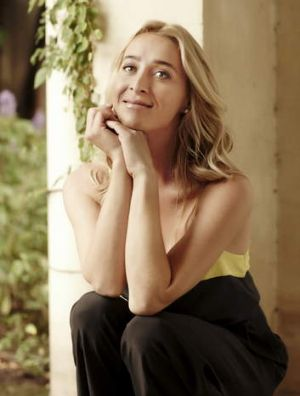 Gold Logie winning captain, Asher Keddie steers <i>Offspring</i> into safe ratings waters.