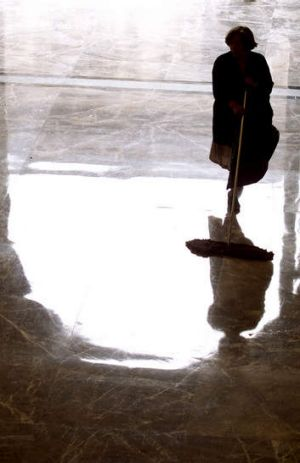 Commercial cleaner Swan Services has appointed administrators.