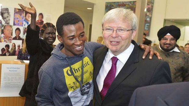 Former prime minister Kevin Rudd visits a community centrein Geelong on Friday.