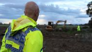 Donald Mackay search continues in Riverina (Video Thumbnail)