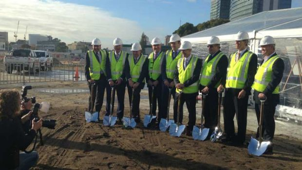 Planning Minister John Day, and executives from Leighton Properties, Leighton Holdings, Shell, Broad Construction, ...