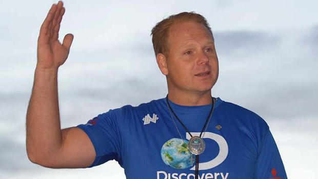 """Praise God, this is awesome"": Nik Wallenda."