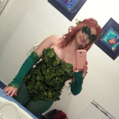You wanna love her, but you'd better not touch... she's Poison (Ivy)
