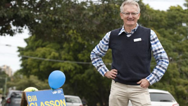 Bill Glasson campaigning in Kevin Rudd's Griffith electorate.