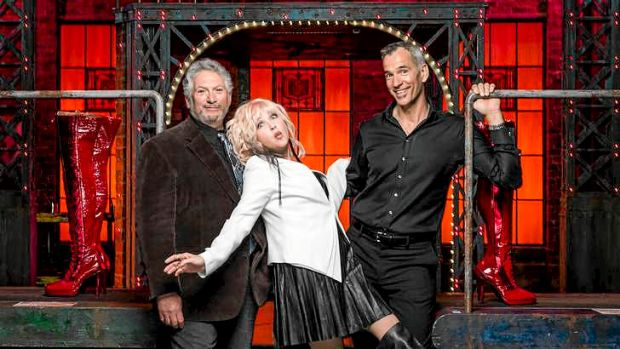 Jerry mitchell kinky boots director for Kinky boots cyndi lauper