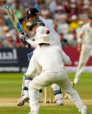 Stuart Broad nicks the ball past Brad Haddin. It was taken by captain Michael Clarke but he was given not out.