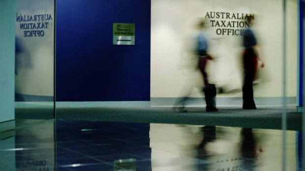 The Tax Office will open hundreds of reviews into rich Australians and small companies with offshore accounts in tax ...