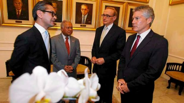 'Indispensable': Bob Carr says Australia's friendship with Indonesia is crucial.