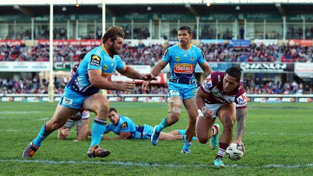 Eyes on the finals: Jorge Taufua scores a try at Brookvale Oval.