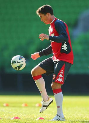 Harry Kewell training with Melbourne Heart.