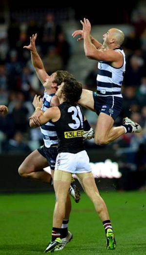 James Podsiadly takes a screamer in the second quarter against St Kilda.