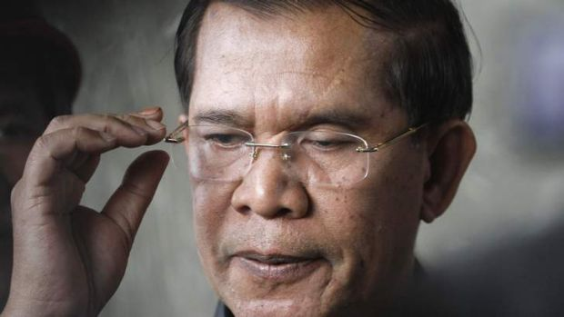 Cambodia's Prime Minister Hun Sen has vowed to continue to rule even if opposition MPs dispute his election victory.