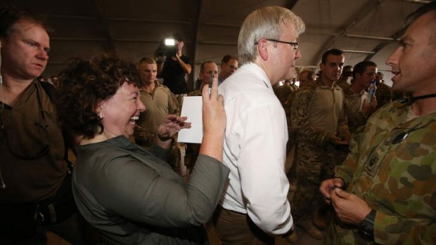 Prime Minister Kevin Rudd with his wife Therese Rein during a surprise pre-election visit.