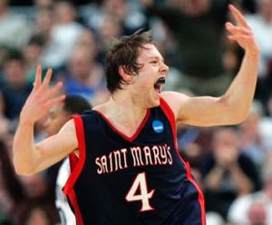 Dellavedova in action for St Mary's during his US college career.