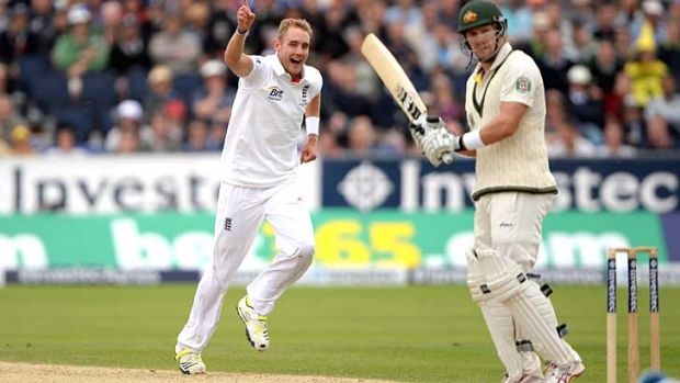 Watson is caught down the leg side as Stuart Broad claims his fourth wicket.