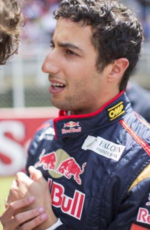 Red bull to replace webber with ricciardo report for Act ii salon fairfax
