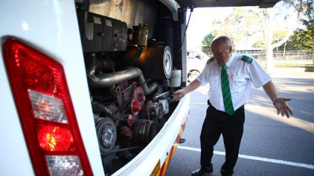 The bus conveying the media covering the Prime Minister Kevin Rudd broke down with a fanbelt problem on Monday.