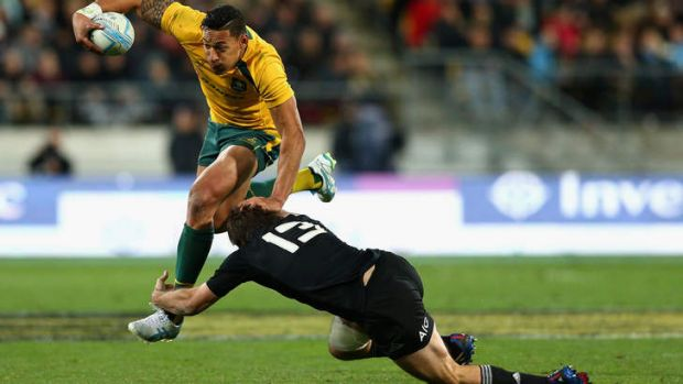 Well contained: Israel Folau makes a rare burst.