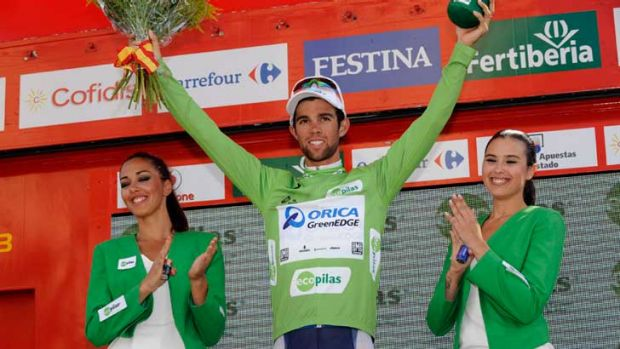 Michael Matthews wears the green sprint jersey in Caceres.