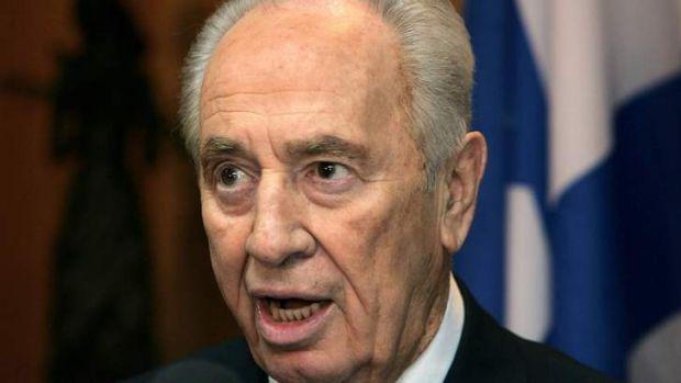 Easy does it: Shimon Peres has moved to settle affairs with the US President Barack Obama over his decision not to leap ...