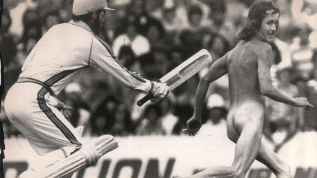Setting the long-hairs running ... by the time Greg Chappell decided it was Whacking Day, streakers were wearing out ...