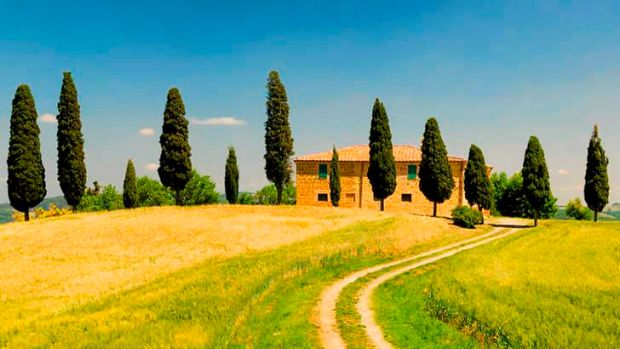 An <i>Under the Tuscan Sun</i>-style life could be yours.