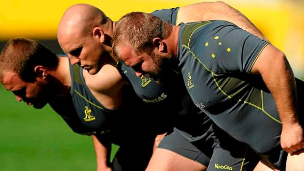 Benn Robinson (R) has been recalled to the national squad to shore up the Wallabies' faltering scrum.