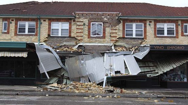The Wairoa Avenue, Bondi address where a balcony, and part of a wall, collapsed.