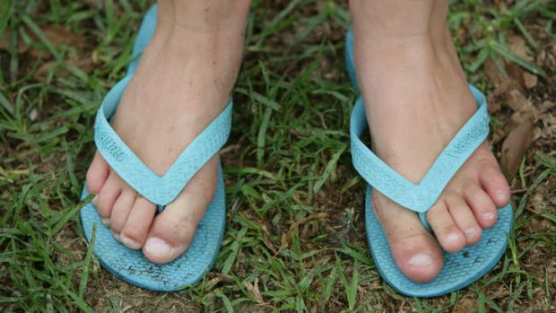A Californian group is campaigning to have a thong ban in a local park overturned.