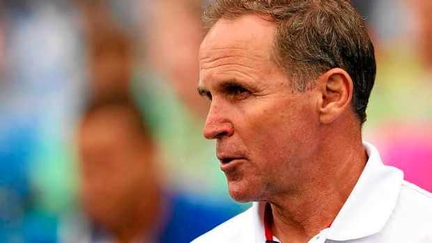 Former NRL coach Brian Smith has withdrawn as mentor of the USA Tomahawks.