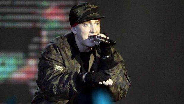 Who is eminem dating in Sydney