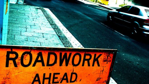 Queensland Government awards private sector road contracts.
