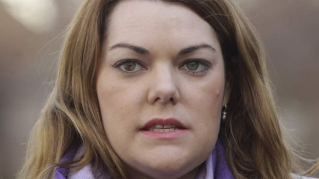 Greens Senator Sarah Hanson-Young will try and block the Coalition government's reintroduction of temporary protection visas.