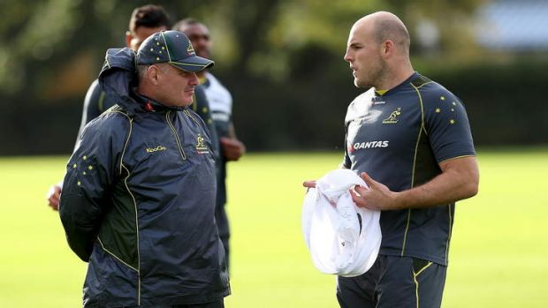 Under pressure: coach Ewen McKenzie and Stephen Moore in London.