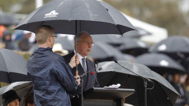 speech paul keating unknown soldier Mr keating gave the commemorative address at the national remembrance day service at canberra' australian war memorial yesterday - 20 years since his words marked the internment of the unknown soldier at the memorial's hall of memory.